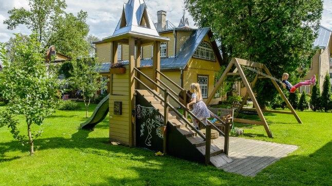 Võidumaja Tartus Karlova asumi miljööväärtuslikus piirkonnas.