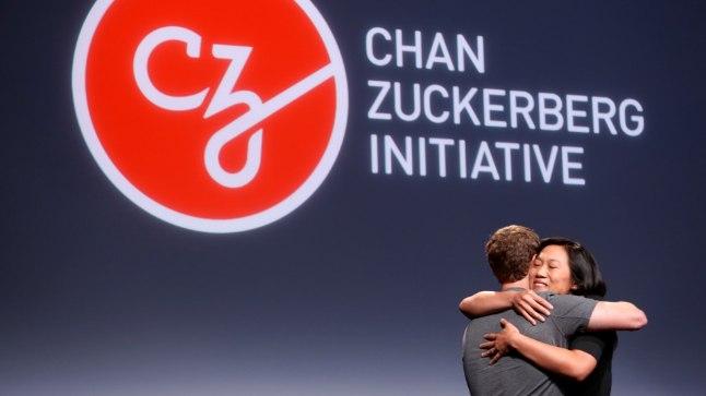 Priscilla Chan ja Mark Zuckerberg 21. septembril San Franciscos, kus paar teatas, et alustavad uuringute rahastamist haiguste tõrjeks.
