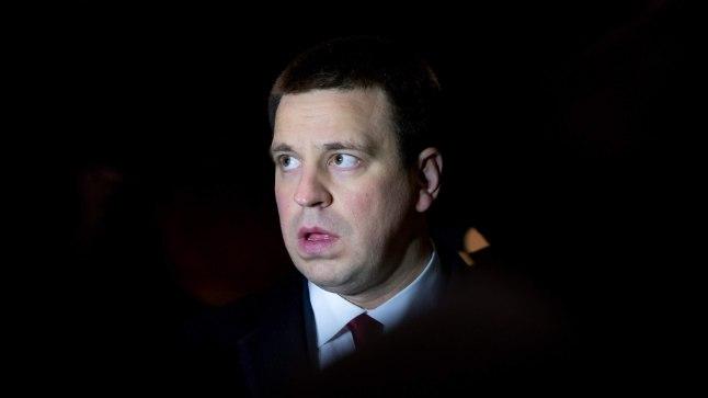 """VÄIKE RAUDTEENALI: Peaminister: """"See on muidugi nali, aga kes siis Kaunases Sabonist näha ei tahaks! Rail Balticuga saab ju kiiremini kohale."""""""