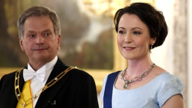 Sauli Niinistöst (pildil koos abikaasa Jenni Haukioga) saab esimene Soome president, kes on oma ametiajal lapse saanud.