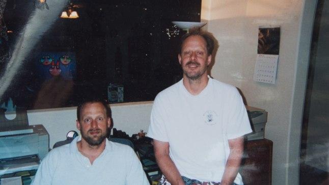 Stephen Paddock (paremal) venna Eric Paddockiga