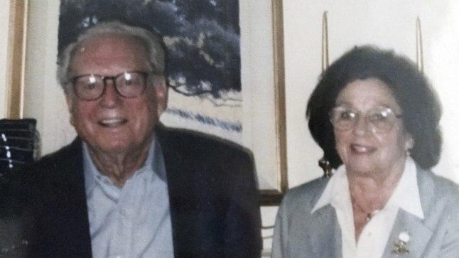Charles ja Sara Rippey.
