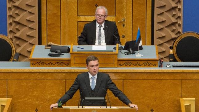 Eiki Nestor ja Taavi Rõivas riigikogu istungil