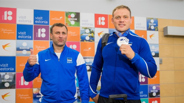 Heiki Nabi (paremal) koos treener Igor Bugaiga.
