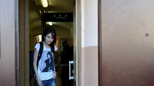 KURIKUULUS MAJA: Trollivabrik Peterburis Savuškini tänaval ja selle paljastaja Ludmilla Savitšuk.