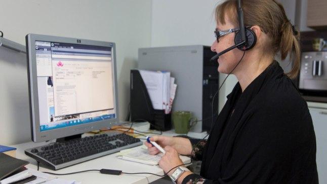 Nõuandetelefonile vastavad pikaajalise kogemustega meditsiinitöötajad 24 tundi ööpäevas ka nädalavahetustel ja riigipühadel.