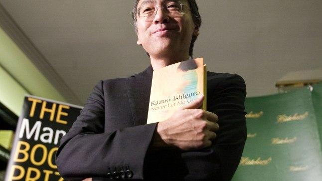 """AUSTEN JA KAFKA SEGATUNA PROUSTIGA: Kazuo Ishiguro 2005. aastal oma raamatuga """"Ära lase mul minna"""", millest on vändatud film, peaosades Keira Knightley ja Carey Mulligan."""