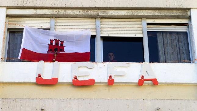 LÕPUKS OMETI: Gibraltar tähistamas 2013. aastal saadud UEFA liikmelisust.