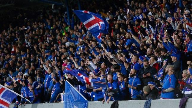 Islandi rahvuskoondise poolehoidjad.