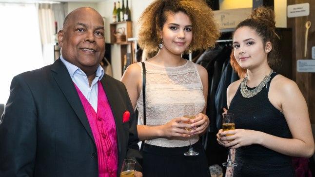 Dave`i tütred Sissi Nyala ja Lisa Jennifer