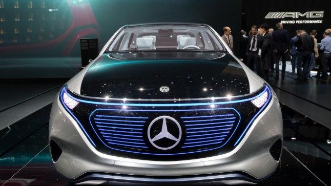 Mercedes EQ ideeauto esitlus Genfi motoshow'l.