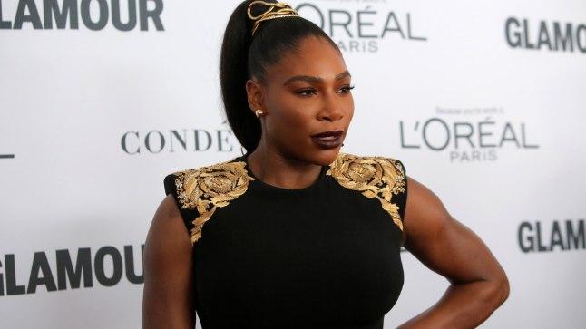 GALERII | Serena Williams säras esimesel punasel vaibal pärast sünnitust, aga abikaasa käitumine ähvardab teda vihale ajada
