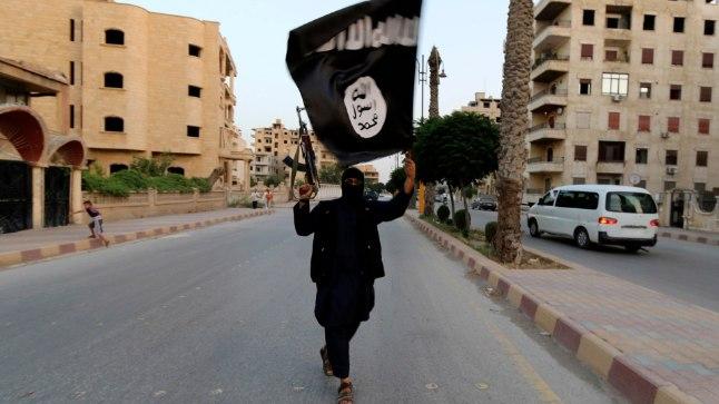 ISISe võitleja Raqqas 2014. aastal. Pilt on illustreeriv.