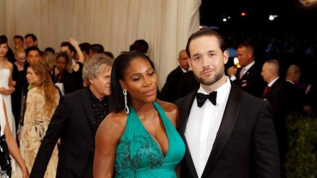 Veel beebiootel Serena ja tema elukaaslane Alexis Ohanian 1. mail Metropolitani kunstimuuseumi moegalal.