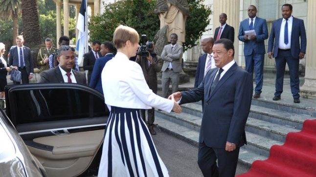 President Kersti Kaljulaid kohtus 15. novembril 2017 Addis Ababas Etioopia presidendi Mulatu Teshome Wirtuga.