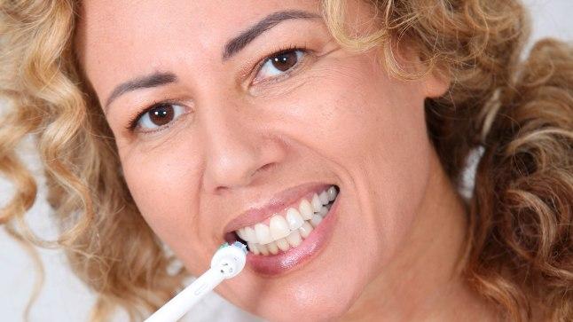 USKUDA VÕI MITTE? Viis levinud eksiarvamust elektrilise hambaharja kohta