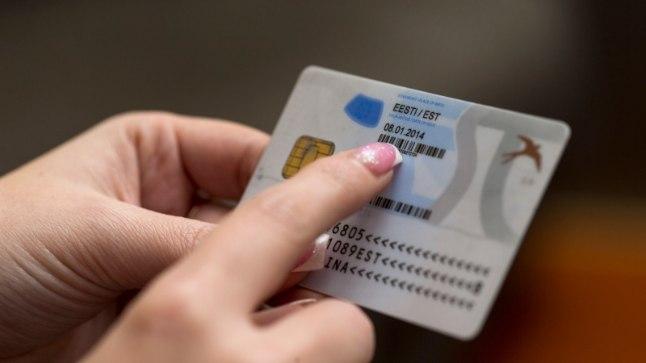Скандал: госучреждения узнали о рисках безопасности ID-карт <font color=&quot;#d30008&quot;>еще летом</font>