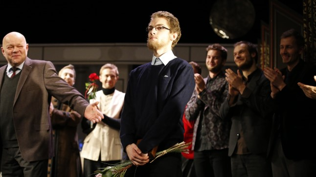Eesti Draamateatris anti täna Priit Põldmale üle Voldemar Panso nimeline auhind.
