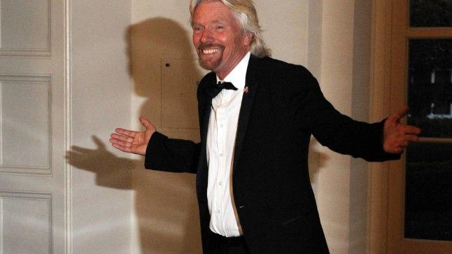 Richard Branson Briti eelmise peaministri David Cameroni auks korraldatud õhtusöögil Valges Majas.