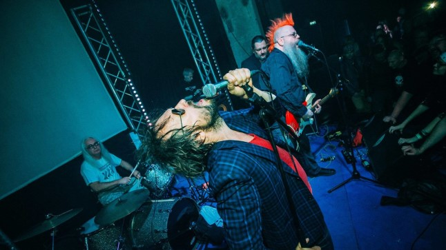 """Punkfestival """"Rohelised surevad sügisel"""" 2016 september, Psychoterrori 25 sünnipäev, Punane Maja"""