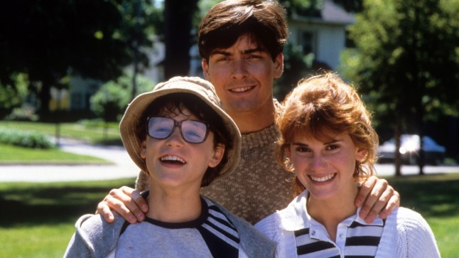 "Corey Haim (vasakul), Charlie Sheen ja ja Kerri Green filmis ""Lucas""."