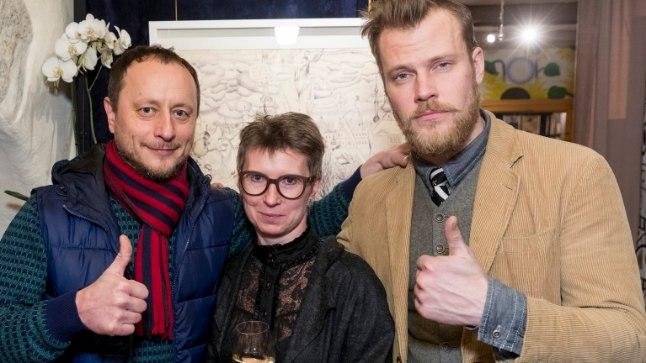 Martin Saar tõi esimest korda avalikkuse ette oma joonistused, neid käisid kaemas ka Navitrolla, Evelin Ilves koos elukaaslase Siimuga, fotograaf Olga Makina, bravuuritar Anu Saagim, jpt.