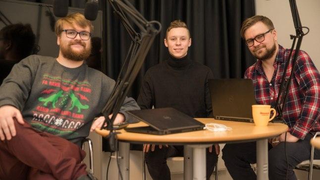 Markus Poom (keskel) külas Õhtulehe reporteritel Siim Keral (vasakul) ja Kaarel Tällil.