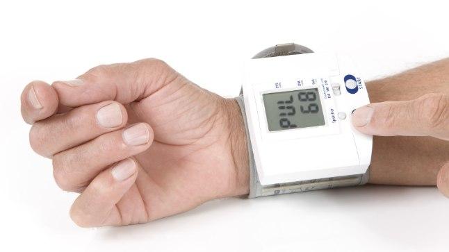 Vanavanematele mõeldes on üheks nutikaks kingituseks vererõhuaparaat, mis võimaldab kodustes tingimustes õlavarrelt vererõhku ja pulsisagedust mõõta.