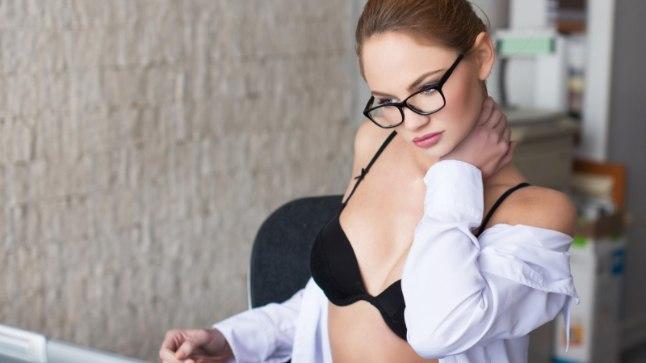 kiz-estonskoe-porno-vecherinka-smotret-spyashimi-golimi-foto