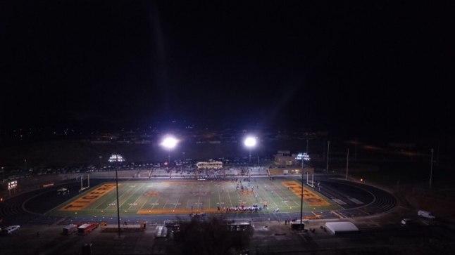 Azteci keskkooli jalgpalliväljak. Pilt on illustreeriv.