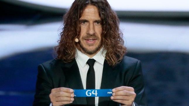 Ilus mees Carles Puyol loosimisel.