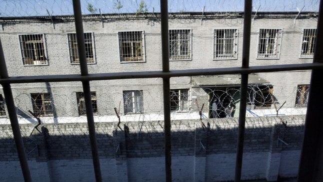 E-vangla: jutud Eestist kui e-riigist on ühes vallas kohe kindlasti liialdatud – 2015. aastal asendati prokuratuuri taotletud vahistamistest (1056) vaid 14 elektroonilise valvega.