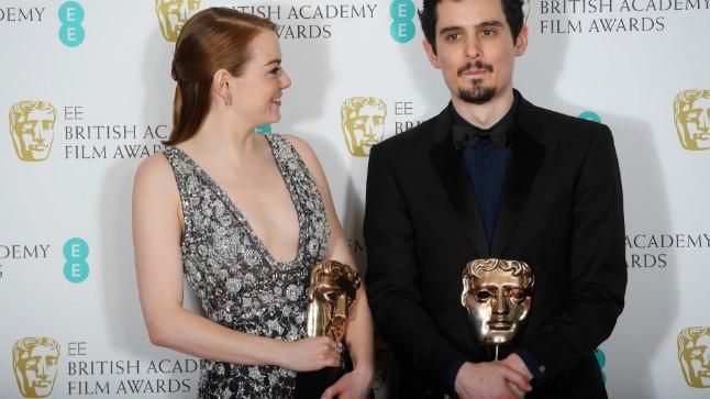 """""""La La Landi"""" režissöör Damien Chazelle ja naispeaosatäitja Emma Stone 12. veebruaril võidetud Bafta auhindadega."""