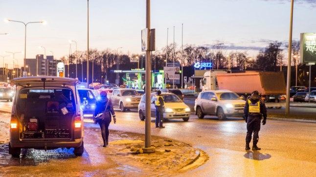 Liiklusavarii Tammsaare Ärikeskuse ees