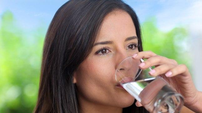 Pelgalt klaasitäis vett on kõik, mida inimese keha vajab normaalseks tööks ja terve hulga haigustega võitlemiseks.