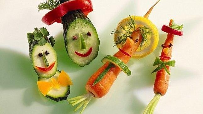 Lustakad köögiviljadest meisterdatud figuurid või lõbusad võileivad, eriti kui laps on nende valmistamisel kaasa löönud, on väikestele sööjatele ahvatlevam suutäis kui tavaline igavavõitu toiduportsjon