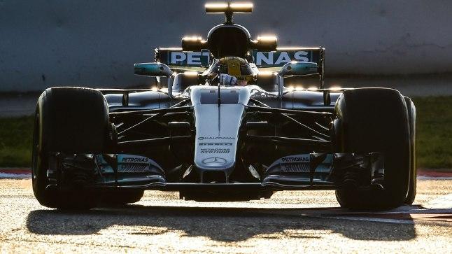 Lewis Hamilton: meie auto näeb teistest tuhat korda parem välja