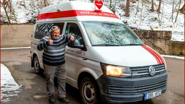 Esimene reis viis Ants Väärsi uue punavalge Volkswageniga Põlvast Tartusse.