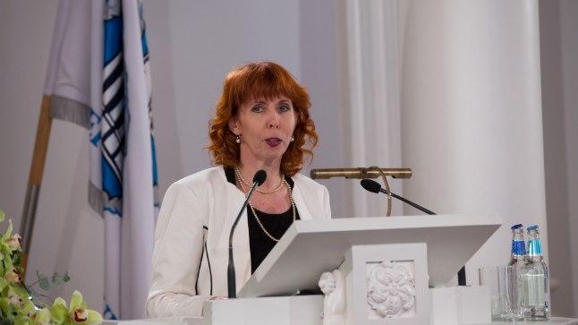 Margit Sutropi sõnul on vaja oluliselt kasvatada teadlaste konkurentsivõimet rahvusvaheliste teadusgrantide taotlemisel.