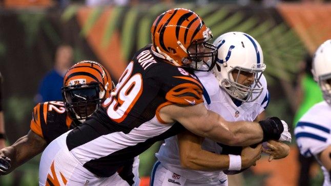 Margus Hunt siirdus Cincinnati Bengalsist Indianapoilise Coltsi.