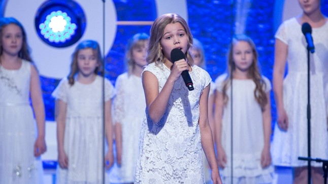 "Krislin Sallo lauluga ""Palve"""