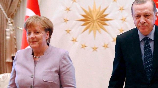 Saksamaa kantsler Angela Merkel ja Türgi president Recep Tayyip Erdogan (paremal) Ankaras 7. veebruaril 2017.