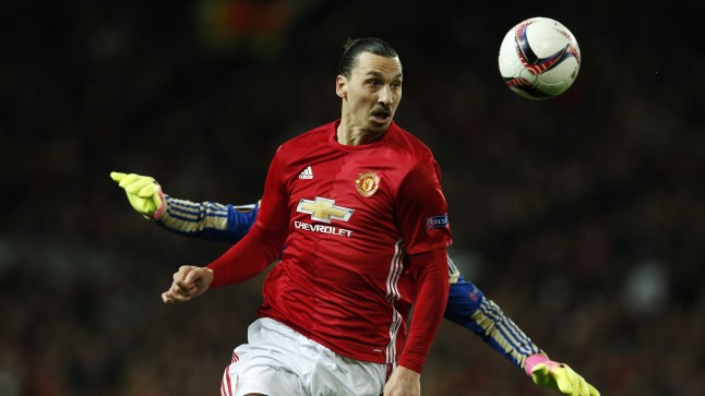 Zlatan Ibrahimovic jätkab ilmselt Manchesteris.