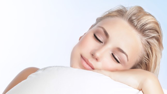 Kas magamine põhjustab kortsude teket?