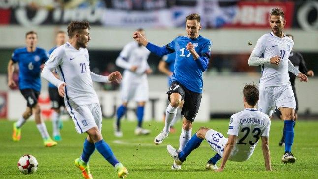 Eesti koondise poolkaitsja Siim Luts MM-valikmängus Kreekaga.