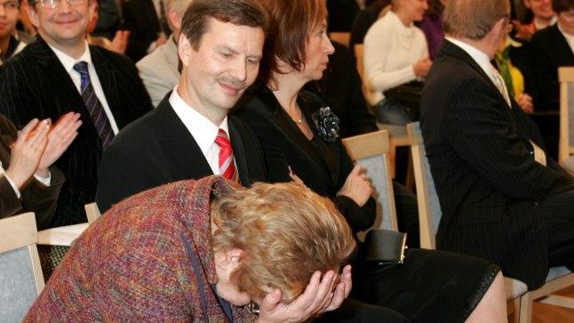 2007. aasta mündiviskamine pani rektorikandidaadi Ene Ergma pead vangutama. Muiet ei suutnud tagasi hoida ka Volli Kalm.