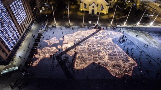 GALERII | Vabaduse väljakul mälestati märtsiküüditamise ohvreid