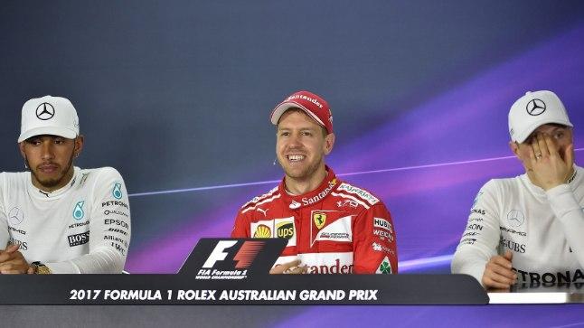 Sebastian Vettel (keskel) ja Valtteri Bottas (paremal).