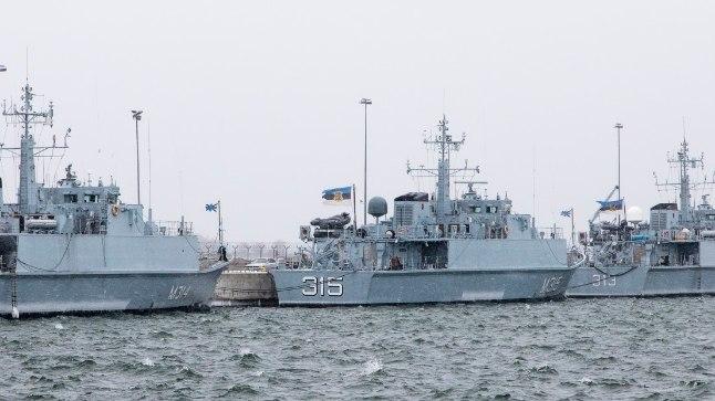 Miinijahtijad Sakala, Ugandi, Admiral Cowan ning teenistuse lõpetanud Tasuja.