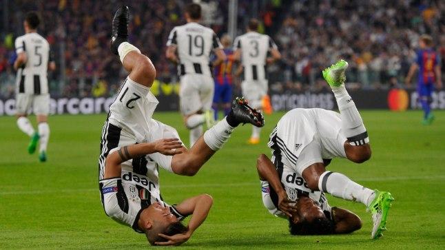 Torino Juventuse Paulo Dybala ja Juan Cuadrado viskasid esimest väravat tähistades lausa kukerpalli!